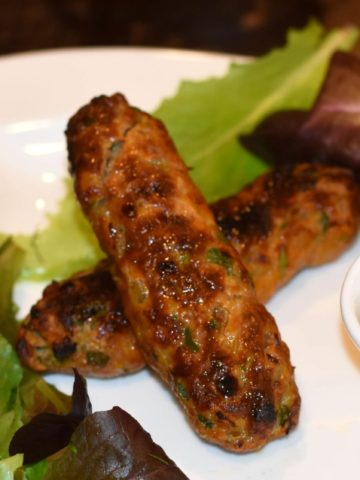 Chicken Shish Kebab or Seekh Kebab by Spice Cravings. Chicken Seekh Kebab is must have appetizer with Indian meals.  These kebabs are skewered minced chicken seasoned with warm spices, grilled to perfection. #food #foodie #foodblogger #delicious #recipe #instantpot #recipes #easyrecipe #cuisine #30minutemeal #instagood #foodphotography #tasty #indian