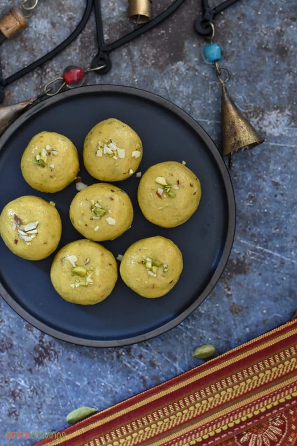 Top shot of a plate of Besan Ladoo