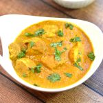 No Cream Chicken Tikka Masala made in Instant Pot. Chicken Tikka Masala is an extremely popular north-Indian dish, where tender and juicy, grilled pieces of chicken are simmered in a spiced creamy tomato gravy. I took the traditional recipe, which requires heavy cream, and put a healthier spin on it. #food #foodie #foodblogger #delicious #recipe #instantpot #recipes #easyrecipe #cuisine #30minutemeal #instagood #foodphotography #tasty #Indian