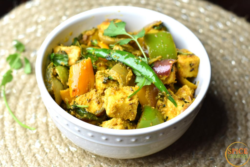 15-Minute Kadai paneer by Spice Cravings is a delicious & elegant dish made with Paneer, peppers & onions. Seasoned with fragrant Indian spices, this is a real crowd pleaser. #food #foodie #foodblogger #delicious #recipe #instantpot #recipes #easyrecipe #cuisine #30minutemeal #instagood #foodphotography #tasty #curry #indian #SpiceCravings