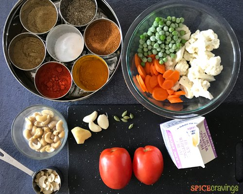 Ingredients to make Indian Vegetable Korma