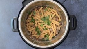 creamy mushroom pasta with basil in instant pot