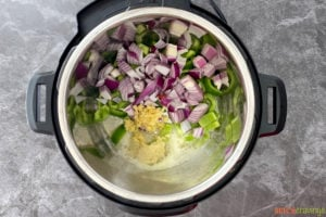 Sauteing onion, pepper and aromatics in instant pot