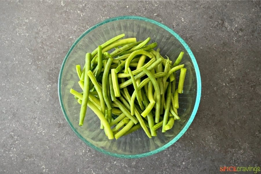 bowl of prepped green beans